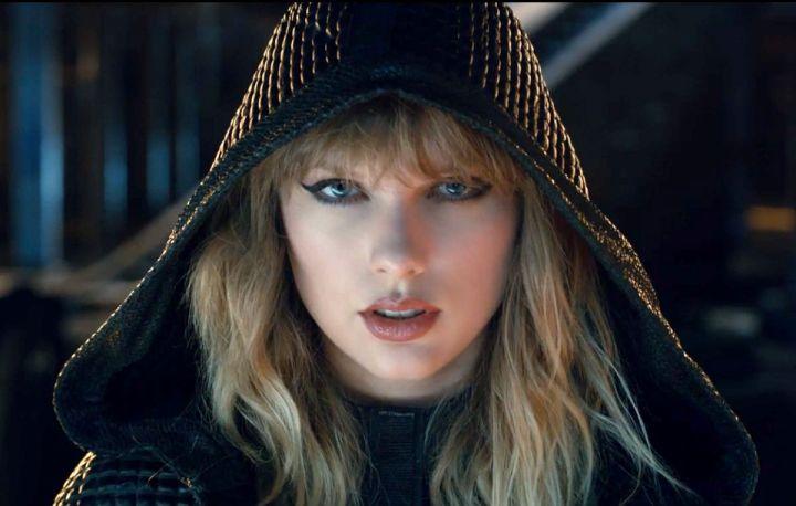 Il nuovo album di Taylor Swift uscirà il 10 novembre