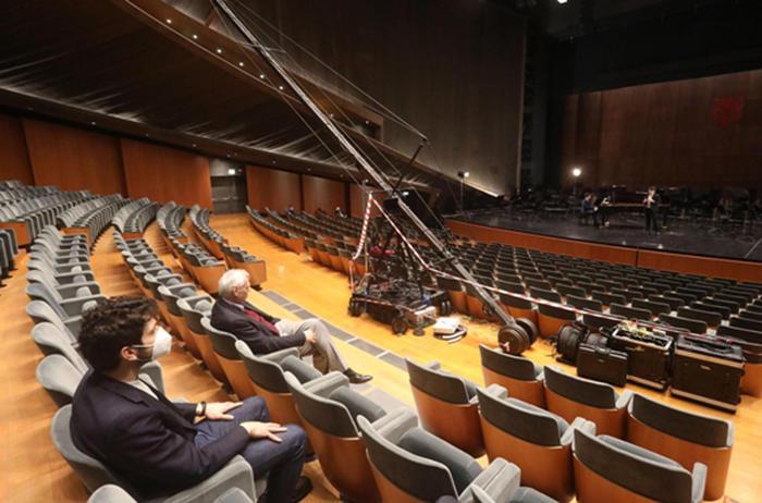Teatri: mobilitazione Unita, a Maggio Firenze luci accese
